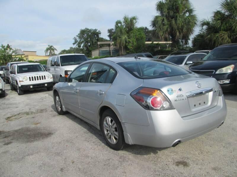 2010 Nissan Altima Hybrid 4dr Sedan - Orlando FL