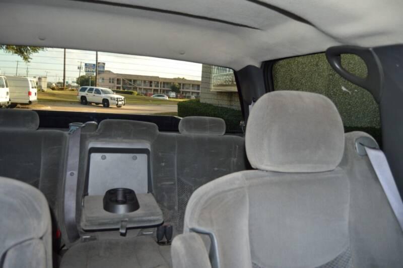 2007 Chevrolet Silverado 2500HD Classic LT1 4dr Crew Cab 4WD SB - Dallas TX