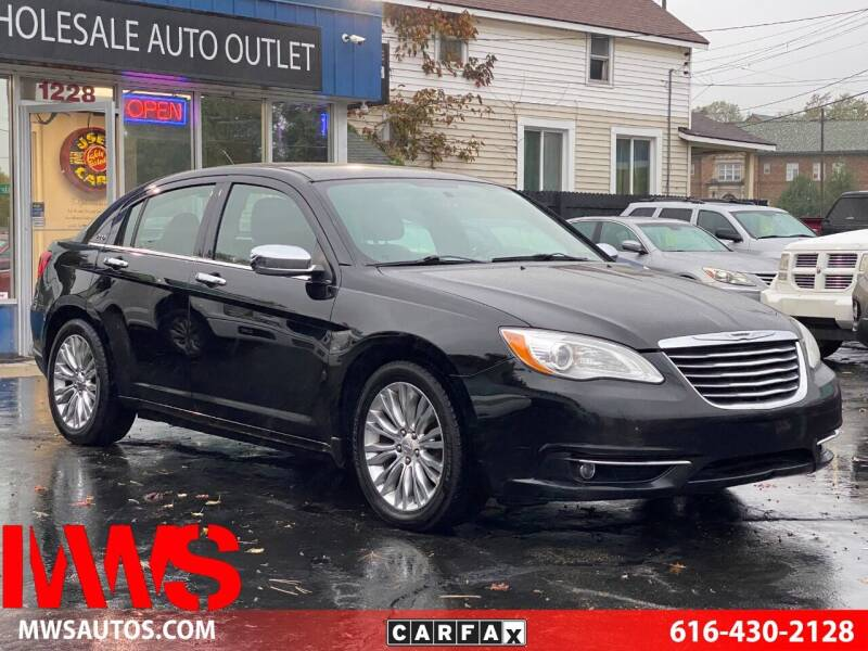 2013 Chrysler 200 for sale at MWS Wholesale  Auto Outlet in Grand Rapids MI