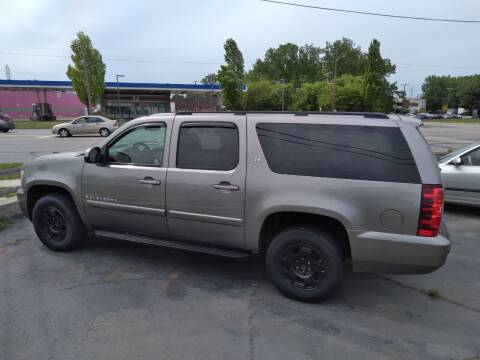 2008 Chevrolet Suburban for sale at D and D All American Financing in Warren MI