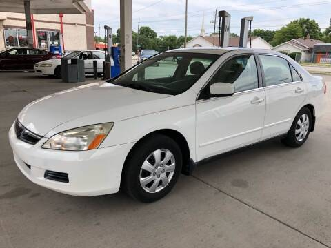 2006 Honda Accord for sale at JE Auto Sales LLC in Indianapolis IN