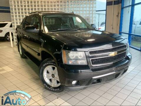 2007 Chevrolet Avalanche for sale at iAuto in Cincinnati OH