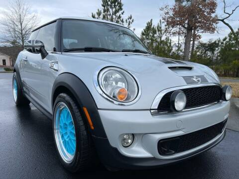 2013 MINI Hardtop for sale at LA 12 Motors in Durham NC