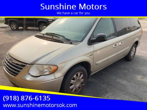 2007 Chrysler Town and Country for sale at Sunshine Motors in Bartlesville OK