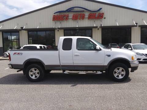 2003 Ford F-150 for sale at DOUG'S AUTO SALES INC in Pleasant View TN