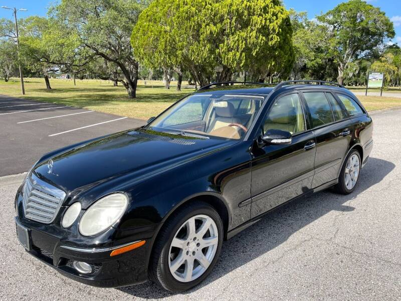 2008 Mercedes-Benz E-Class for sale at ROADHOUSE AUTO SALES INC. in Tampa FL