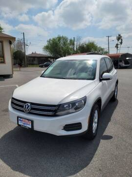 2012 Volkswagen Tiguan for sale at Mid Valley Motors in La Feria TX