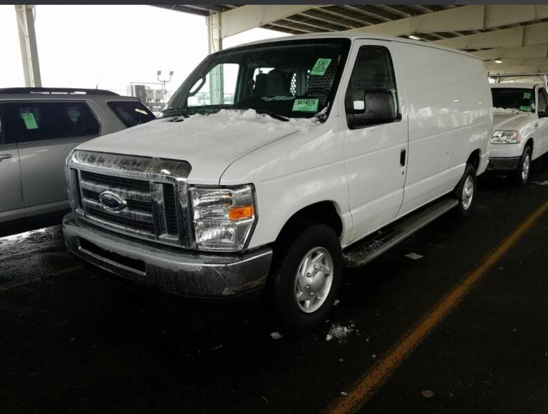 2012 Ford E-Series Cargo for sale at SILVER ARROW AUTO SALES CORPORATION in Newark NJ