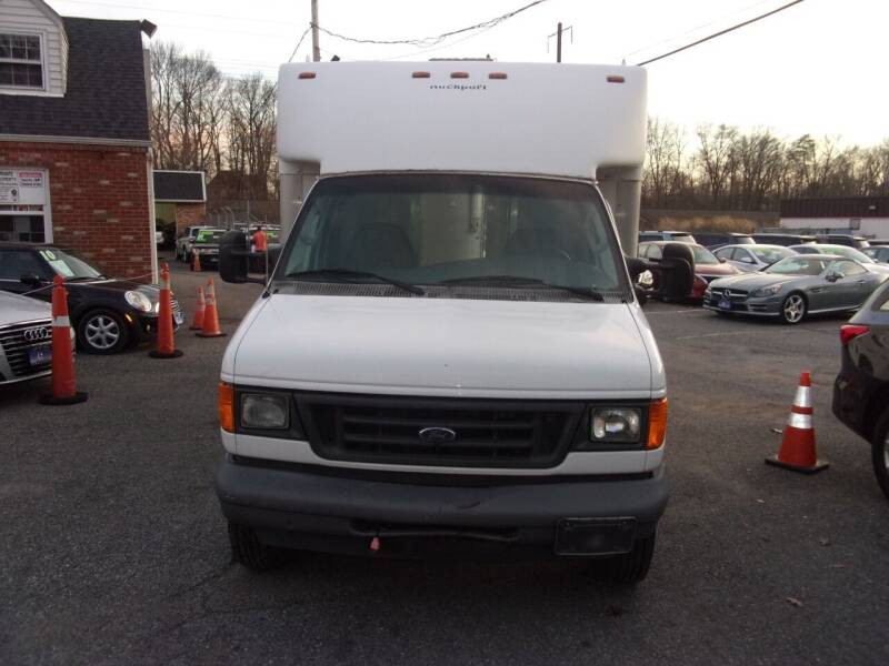 2007 Ford E-Series Chassis for sale at Balic Autos Inc in Lanham MD
