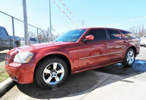 2007 Dodge Magnum for sale at Buy Here Pay Here Lawton.com in Lawton OK