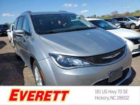 2018 Chrysler Pacifica for sale at Everett Chevrolet Buick GMC in Hickory NC