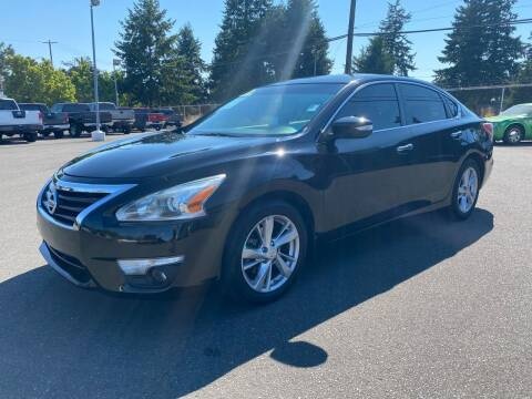 2013 Nissan Altima for sale at Vista Auto Sales in Lakewood WA