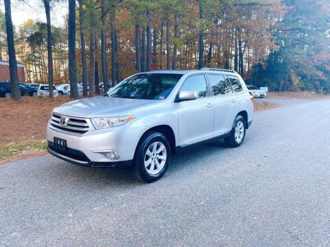 2011 Toyota Highlander for sale at H&C Auto in Oilville VA