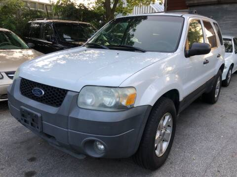 2005 Ford Escape for sale at Autos Under 5000 + JR Transporting in Island Park NY
