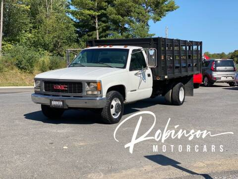2000 GMC Sierra 3500 for sale at Robinson Motorcars in Hedgesville WV
