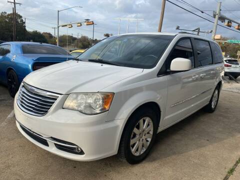 2014 Chrysler Town and Country for sale at Pary's Auto Sales in Garland TX