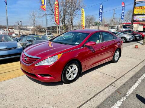 2012 Hyundai Sonata for sale at JR Used Auto Sales in North Bergen NJ