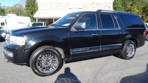2008 Lincoln Navigator L for sale at Driven Pre-Owned in Lenoir NC