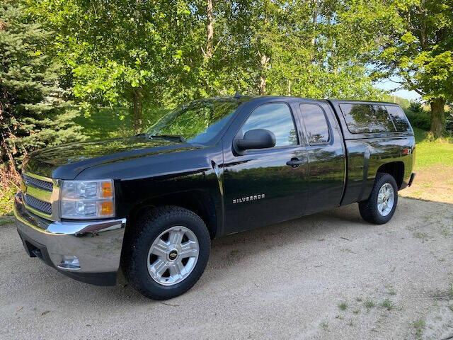 2013 Chevrolet Silverado 1500 for sale at Dave's Auto & Truck in Campbellsport WI