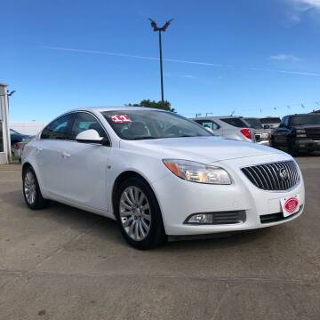 2011 Buick Regal for sale at UNITED AUTO INC in South Sioux City NE