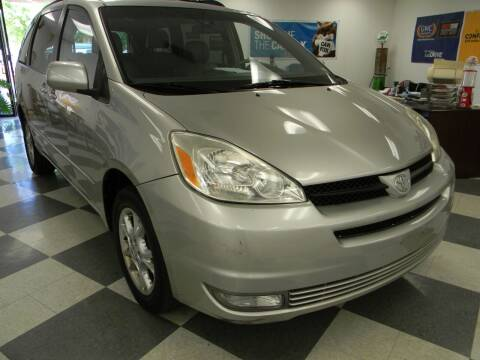2005 Toyota Sienna for sale at Lindenwood Auto Center in St.Louis MO
