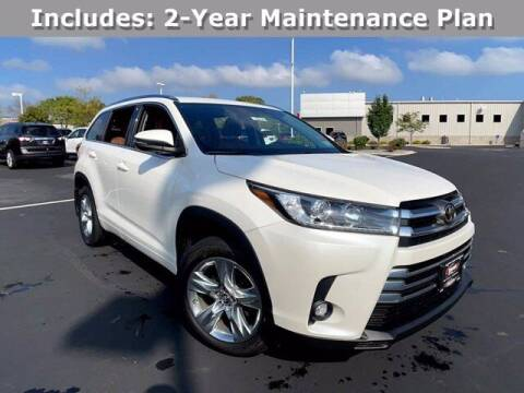 2019 Toyota Highlander for sale at Smart Budget Cars in Madison WI