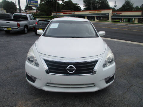 2015 Nissan Altima for sale at LOS PAISANOS AUTO & TRUCK SALES LLC in Peachtree Corners GA