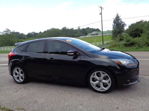 2014 Ford Focus for sale at Car Depot Auto Sales Inc in Seymour TN