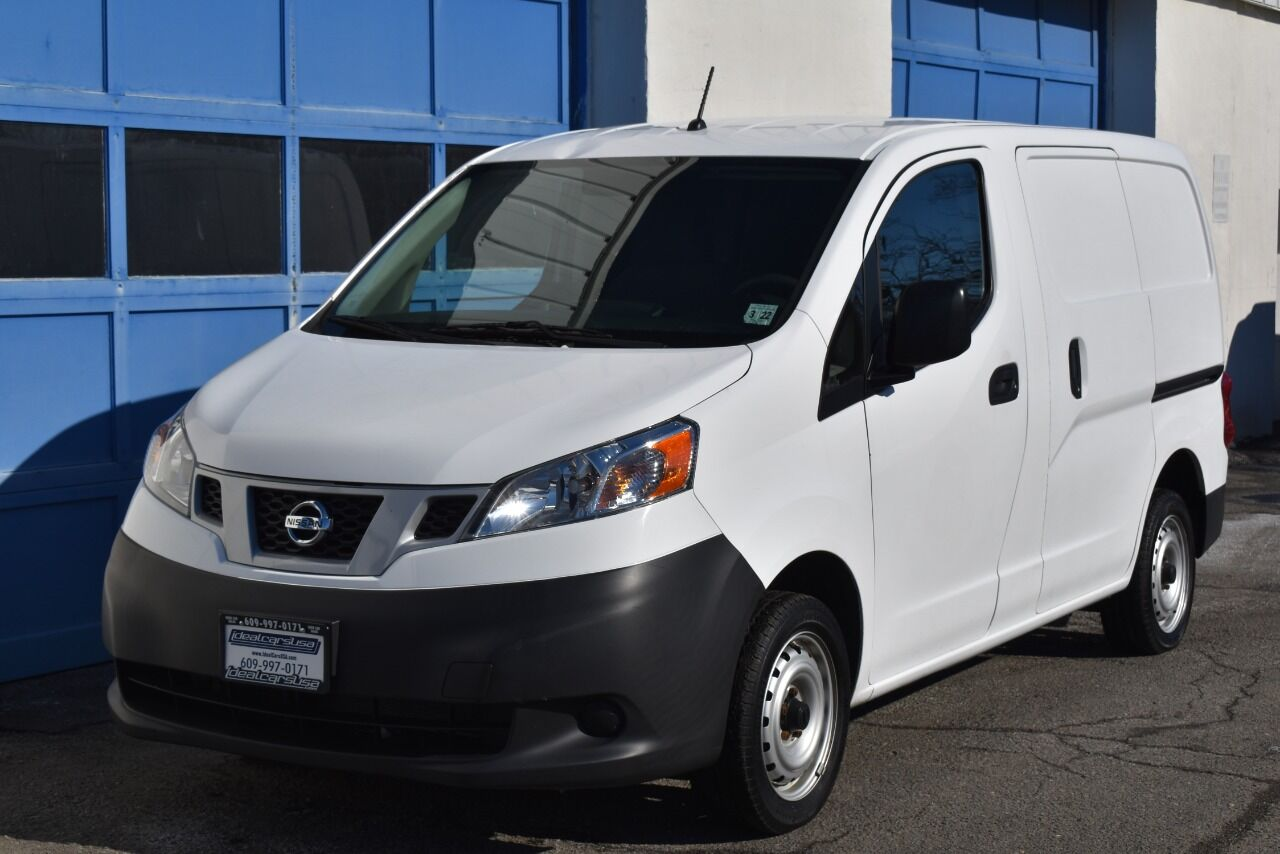 2017 Nissan NV200 S 4dr Cargo Mini Van full