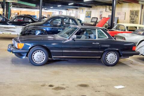 1986 Mercedes-Benz 560-Class for sale at Hooked On Classics in Watertown MN