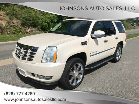 2007 Cadillac Escalade for sale at Johnsons Auto Sales, LLC in Marshall NC