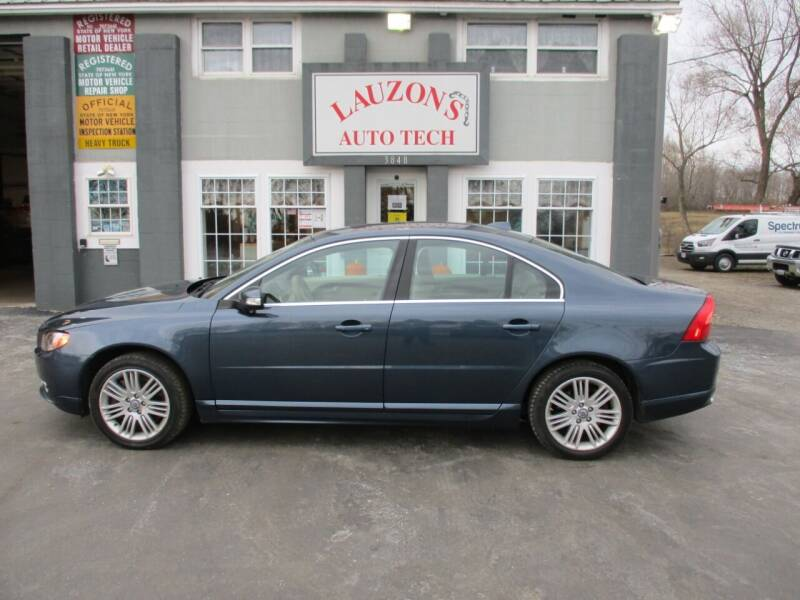 2007 Volvo S80 for sale at LAUZON'S AUTO TECH TOWING in Malone NY