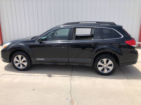 2011 Subaru Outback for sale at WESTERN MOTOR COMPANY in Hobbs NM