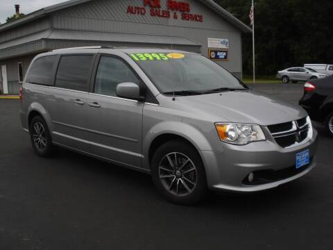 2017 Dodge Grand Caravan for sale at Fox River Auto Sales in Princeton WI
