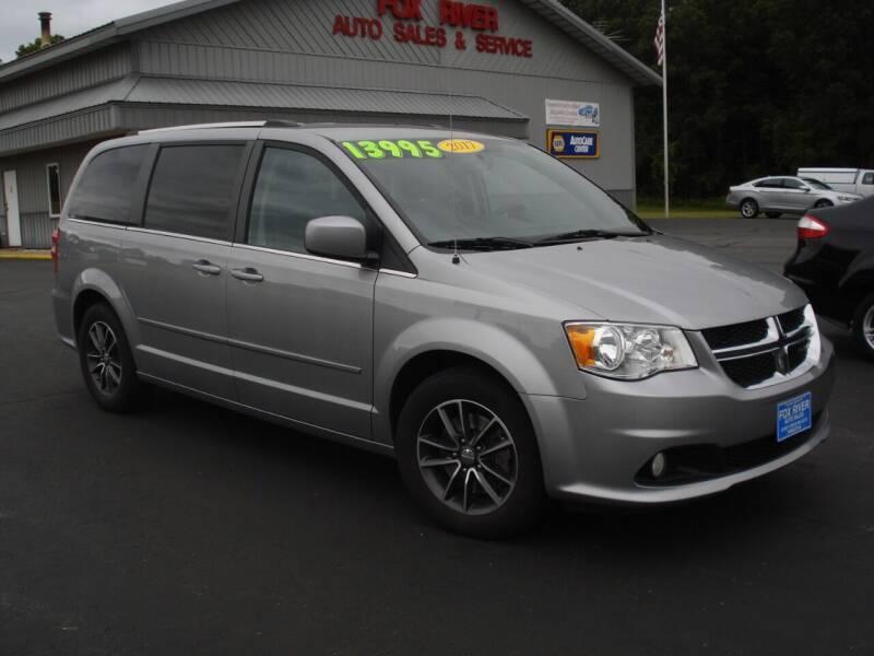 2017 Dodge Grand Caravan for sale at Fox River Auto Sales in Princeton WI