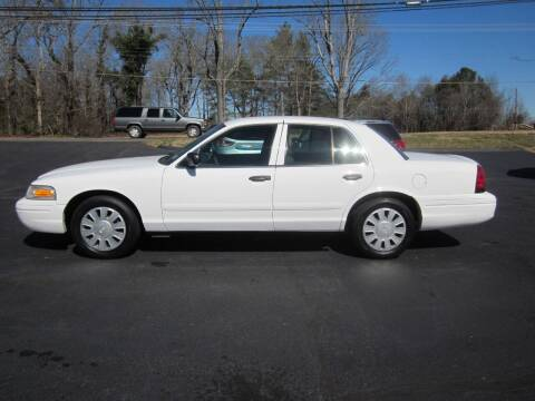 2007 Ford Crown Victoria for sale at Barclay's Motors in Conover NC