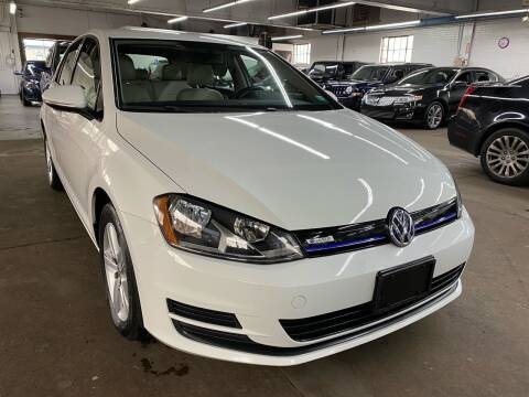 2015 Volkswagen Golf for sale at John Warne Motors in Canonsburg PA