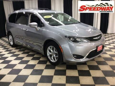 2017 Chrysler Pacifica for sale at SPEEDWAY AUTO MALL INC in Machesney Park IL