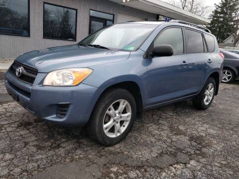 2012 Toyota RAV4 for sale at The Car Cove, LLC in Muncie IN