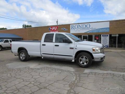 2007 Dodge Ram Pickup 2500 for sale at Rondo Truck & Trailer in Sycamore IL