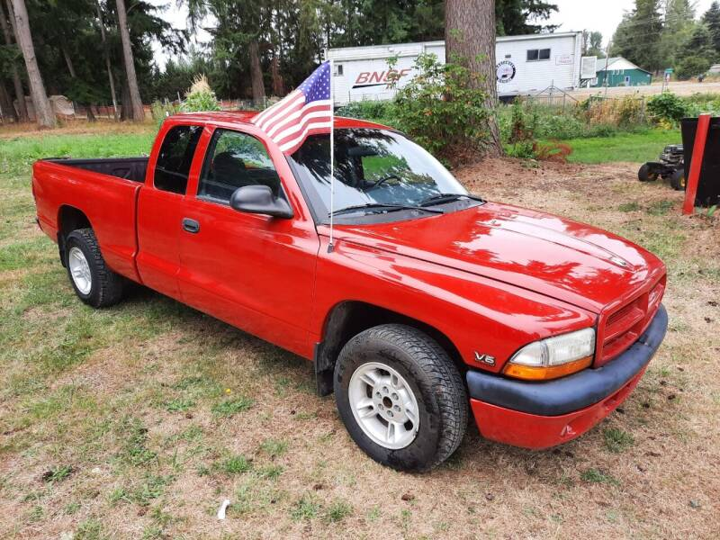 2000 Dodge Dakota for sale at FLAGGS AUTO SOURCE in Mckenna WA
