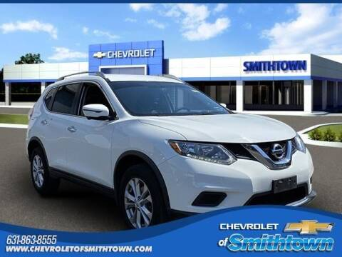2016 Nissan Rogue for sale at CHEVROLET OF SMITHTOWN in Saint James NY