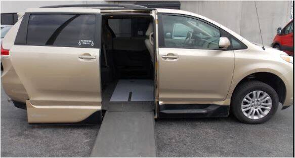 2014 Toyota Sienna for sale at Seewald Cars in Brooklyn NY