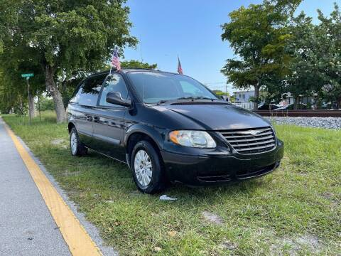 2007 Chrysler Town and Country for sale at WRD Auto Sales in Hollywood FL