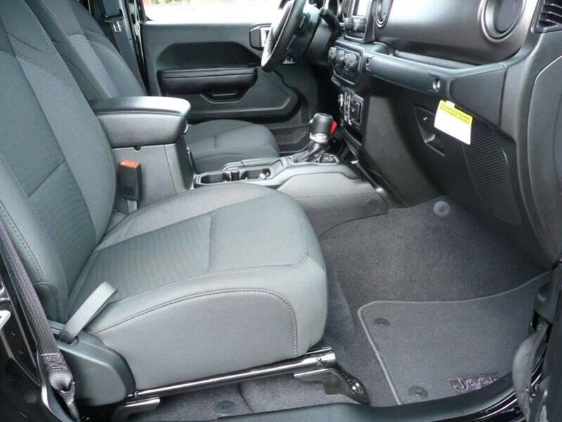 2020 Jeep Gladiator 4x4 Sport 4dr Crew Cab 5.0 ft. SB - East Windsor CT