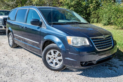 2009 Chrysler Town and Country for sale at Fruendly Auto Source in Moscow Mills MO