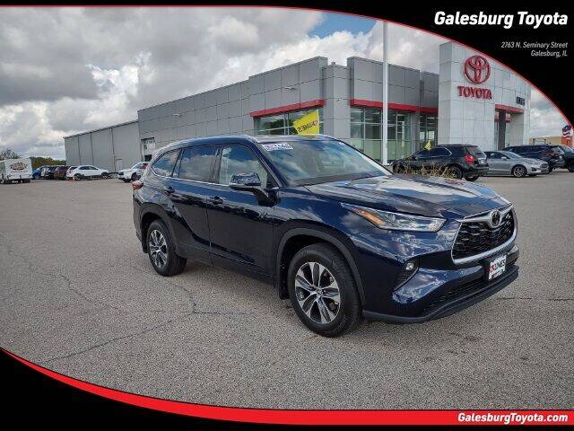 2021 Toyota Highlander for sale in Galesburg, IL