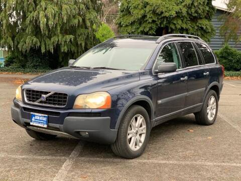 2004 Volvo XC90 for sale at Q Motors in Lakewood WA