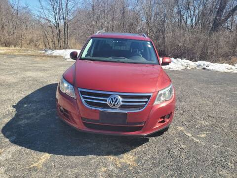 2011 Volkswagen Tiguan for sale at Discount Auto World in Morris IL
