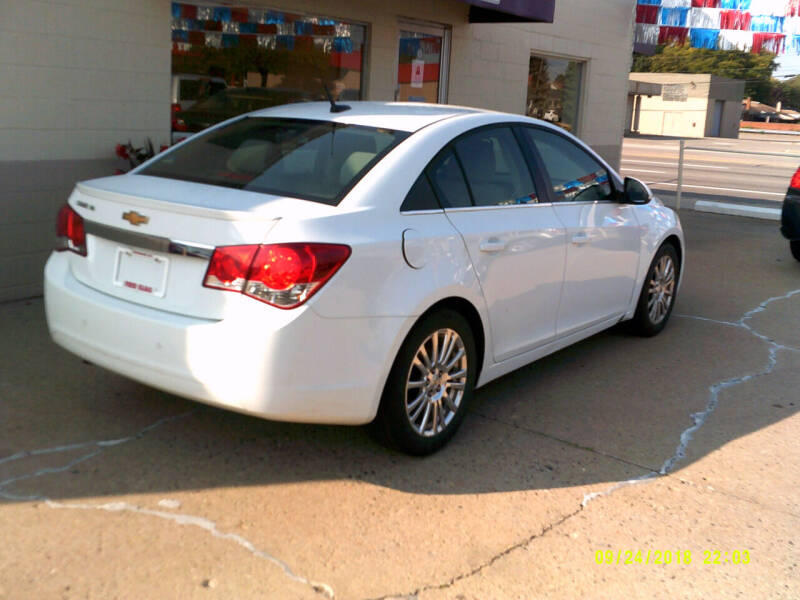 2012 Chevrolet Cruze ECO 4dr Sedan - Center Line MI